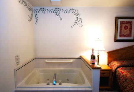 High Point Inn whirlpool