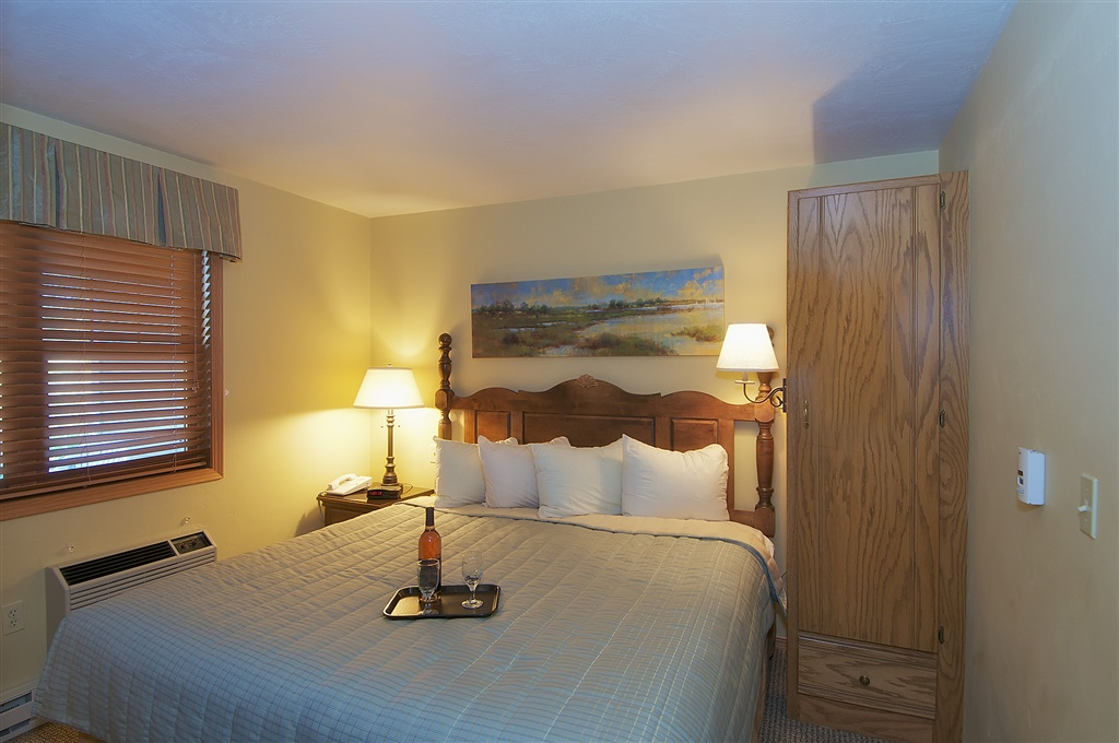 Newport Resort in Door County Wi, Egg Harbor Wi lodging