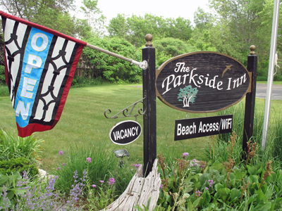 Ellison Bay Wi lodging, Parkside Inn, Door County