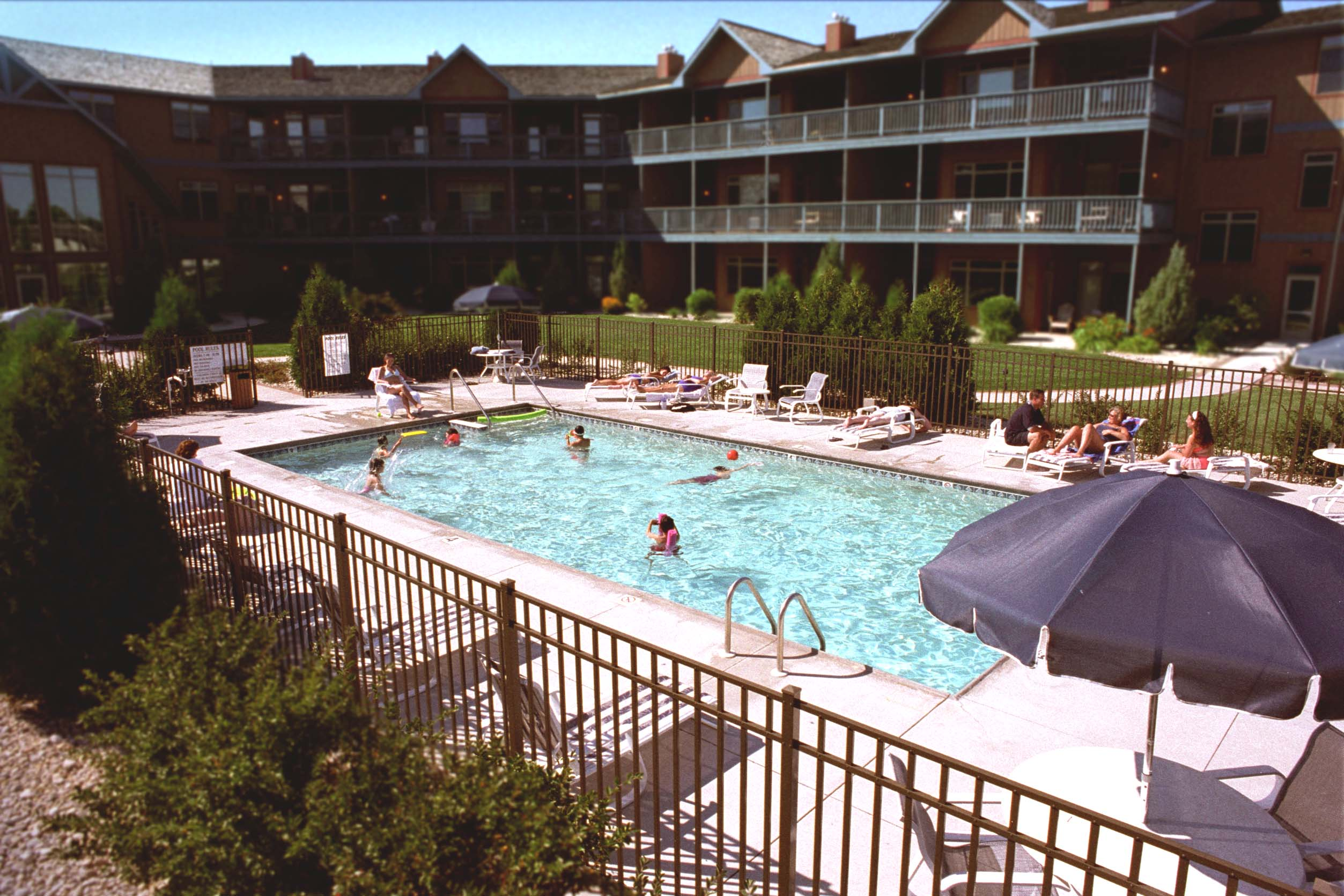 Scandinavian Lodge Outdoor Pool