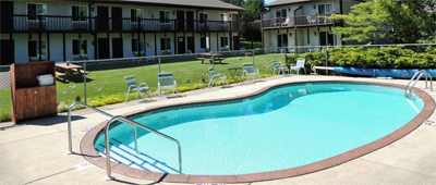 Sister Bay Inn Pool